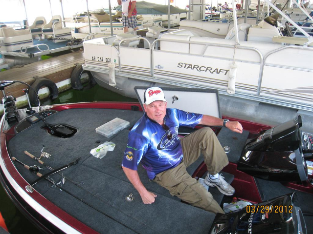 Marc Snyder waits for weigh in at the 2012 TBF National Championship