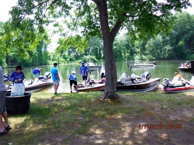 The Bass Federation of Michigan Junior State Championship June 17, 2018 Pontiac Lake-dscf0125